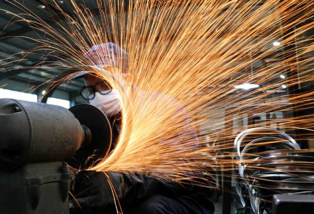 Các doanh nghiệp Trung Quốc giảm sản xuất thép vì lợi nhuận đi xuống