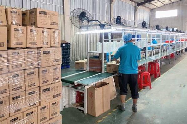 """Công xưởng Trung Quốc """"đóng băng"""", thế giới đối mặt tình trạng thiếu nguồn cung dài hạn"""
