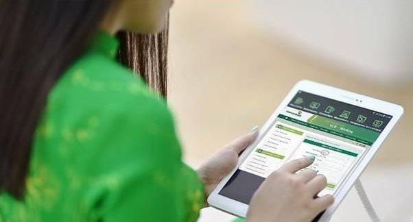 Ngân hàng miễn phí khuyến khích giao dịch online