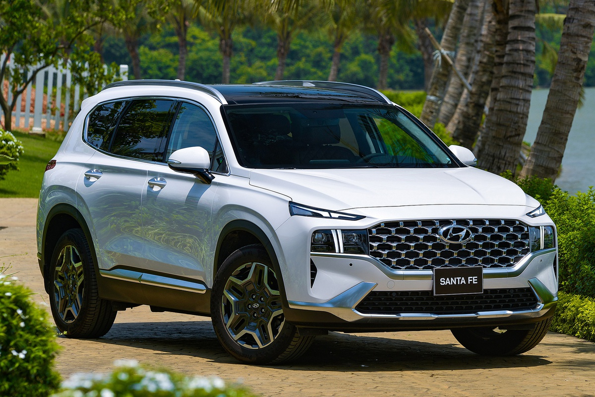 Giá lăn bánh những mẫu SUV 7 chỗ bán chạy nhất Việt Nam