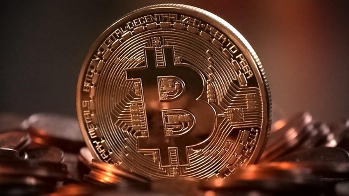 Lượng ví có 100 đến 1.000 Bitcoin tăng vọt