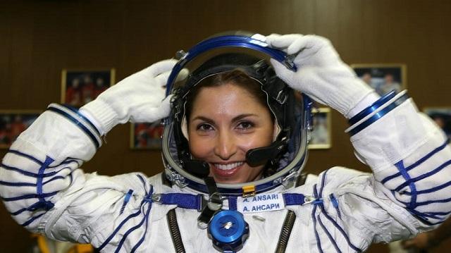Nữ CEO với đam mê bay vào vũ trụ: 'Tôi không muốn sống một cuộc đời đầy hối tiếc'