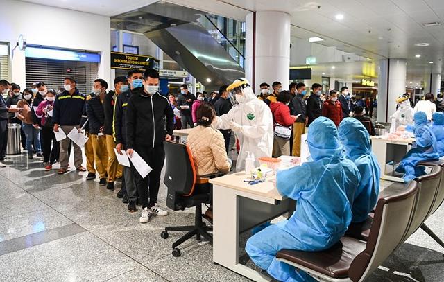 Tạm dừng nhập cảnh ở sân bay Nội Bài từ 0h ngày 1/6