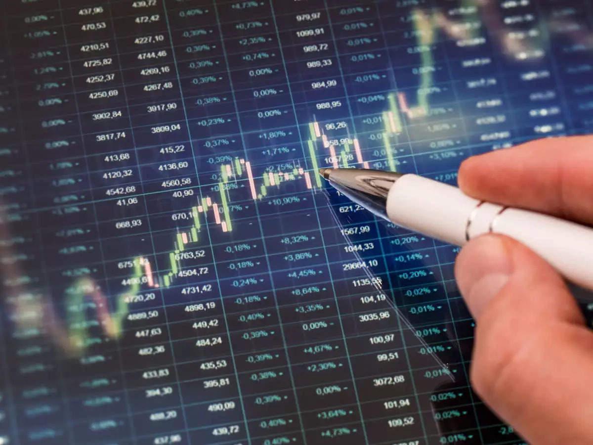 HoSE ngừng giao dịch chiều 1/6 , HNX-Index lại lập kỷ lục giá trị khớp lệnh