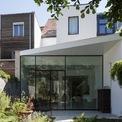 <p> Một ngôi nhà ống màu trắng ởAntwerp, Bỉ gây ấn tượng bởi thiết kế đơn giản, hiện đại và tiện nghi.</p>