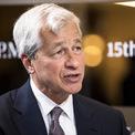 """<p class=""""Normal""""> <strong>Jamie Dimon</strong></p> <p class=""""Normal""""> Tài sản: 1,9 tỷ USD</p> <p class=""""Normal""""> Dimon nhận bằng cử nhân từ Đại học Tufts năm 1978 và bằng thạc sĩ từ Trường Kinh doanh Harvard năm 1982. Ông hiện là Chủ tịch và CEO JPMorgan Chase, ngân hàng lớn nhất nước Mỹ. (Ảnh: <em>Getty Images</em>)</p>"""