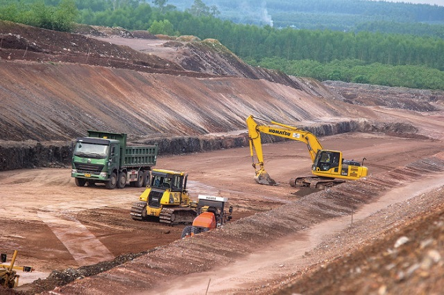 Vẫn thiếu vật liệu làm cao tốc Bắc - Nam