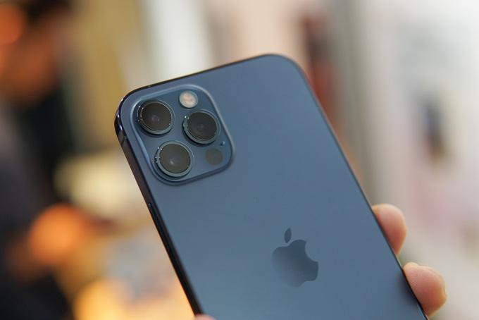 iPhone 12 Pro 'giá rẻ' đe dọa hàng chính hãng