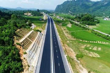 Thủ tướng: Đến 2030, cả nước cần có thêm 4.000 km đường cao tốc mới