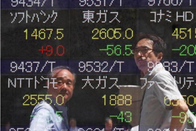 Chứng khoán châu Á trái chiều, cổ phiếu công nghệ 'hứng đòn'