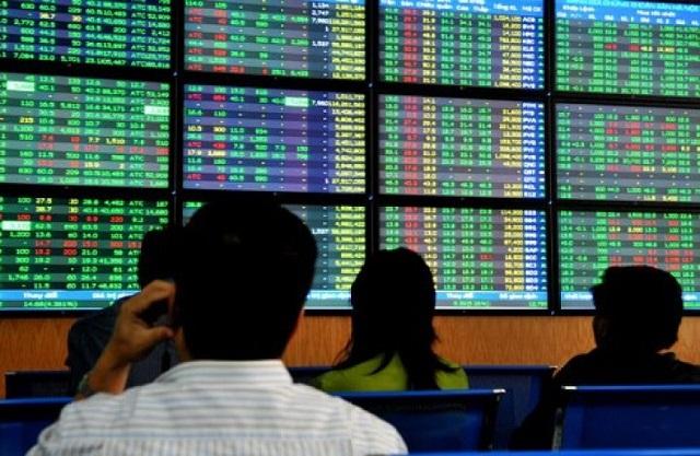 Bộ Tài chính ra hướng dẫn về việc bán cổ phần lần đầu và quản lý tiền thu từ cổ phần hóa