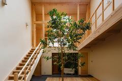 Ưu tiên không gian cho 3 con nhỏ, ngôi nhà có phòng tắm lộ thiên