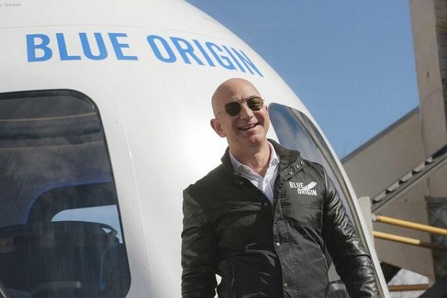Người giàu nhất thế giới sắp lên vũ trụ