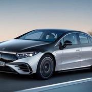 Mercedes bán đại lý, dồn tiền phát triển ôtô điện