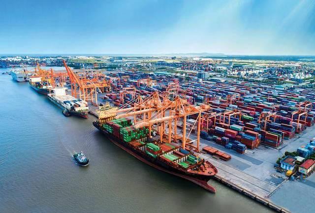 VISABA vừa kiến nghị điều chỉnh tăng 10% khung giá dịch vụ bốc dỡ container tại khu vực cảng biển khu vực 1 từ ngày 1/7.{.