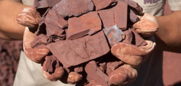 Giá quặng sắt giảm phiên thứ 3 liên tiếp vì nhu cầu thép có dấu hiệu đi xuống tại Trung Quốc