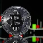 Được quốc gia đầu tiên công nhận hợp pháp, giá Bitcoin tăng 13%
