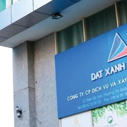 Phó Tổng giám đốc Đất Xanh bán xong cổ phiếu trước 2 phiên giảm sàn