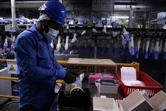 Sản lượng công nghiệp Malaysia tăng mạnh nhất thập kỷ