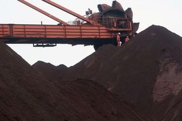 Giá quặng sắt tăng 5,6% so với 2 ngày trước