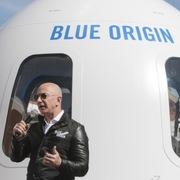 Chuyến đi sinh tử của Jeff Bezos