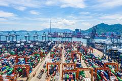 Trung Quốc nghẽn cảng, các tàu chở hàng bỏ qua điểm dừng ở Singapore