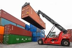 Kinh tế Việt Nam chống chịu tốt trong đợt bùng phát dịch thứ 4