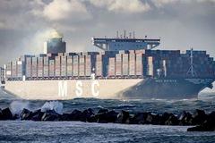 Giá cước container tăng vượt tầm kiểm soát, chuẩn bị cho kịch bản giá mọi loại hàng hóa tăng vọt