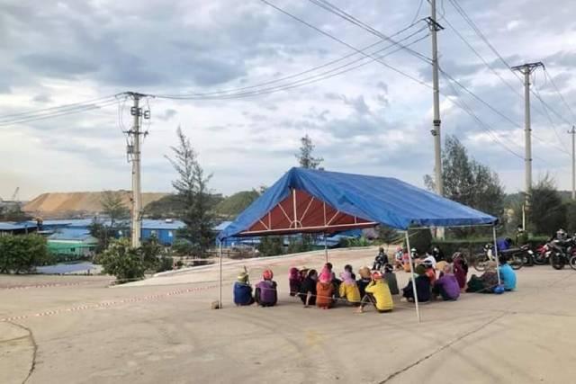 Dân dựng lều trước nhà máy thép Hòa Phát: Chủ tịch tỉnh xin lỗi người dân