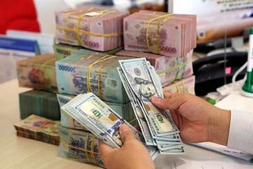 Tài chính tuần qua: Thêm ngân hàng sắp tăng vốn, bán nợ, thoái vốn ngoài ngành