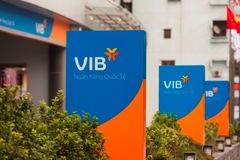 Thêm người nhà lãnh đạo VIB muốn bán cổ phiếu