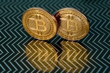 Bitcoin tăng mạnh về gần 40.000 USD