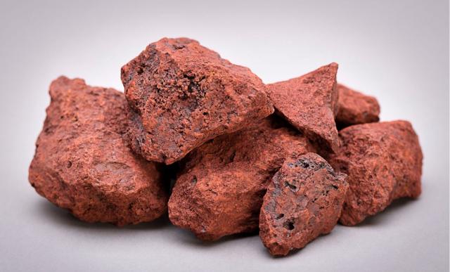 iron-ore-picture-1536x929-1221-162374328