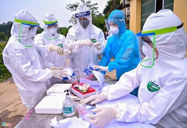 Việt Nam có thêm 118 ca nhiễm Covid-19 vào trưa nay (15/6).