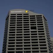 Hàng loạt ngân hàng Australia 'mất mạng'