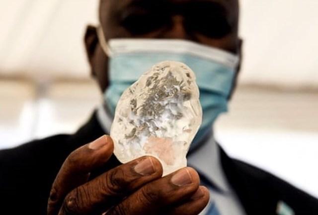 Viên kim cương to thứ 3 thế giới ở Botswana. Ảnh: AFP.