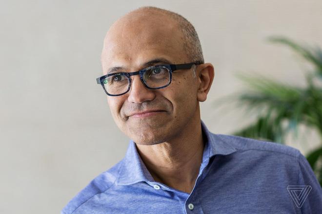 Satya Nadella nối gót Bill Gates, trở thành CEO kiêm Chủ tịch HĐQT của Microsoft