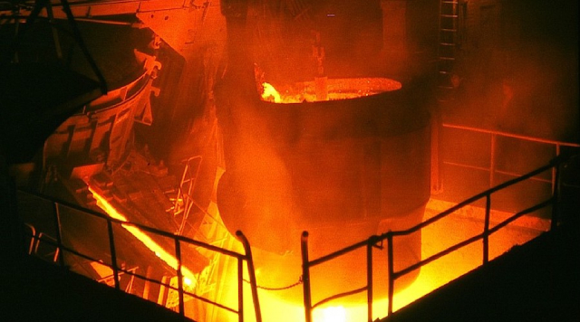 Giá quặng sắt tăng vì Trung Quốc sản xuất lượng thép thô kỷ lục
