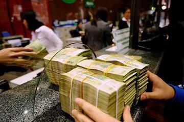 Tiền gửi dân cư tăng chậm lại