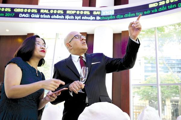 Khối ngoại mua ròng 102 tỷ đồng trên HoSE phiên 22/6, PVI bị bán ròng đột biến thông qua thỏa thuận