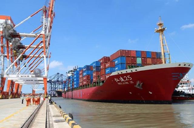 Huy động nguồn lực ngoài ngân sách phát triển cảng biển trong 10 năm tới.