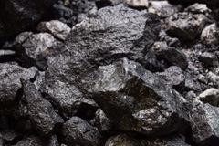 Australia bội thu vì xuất khẩu quặng sắt sang Trung Quốc tăng 20%