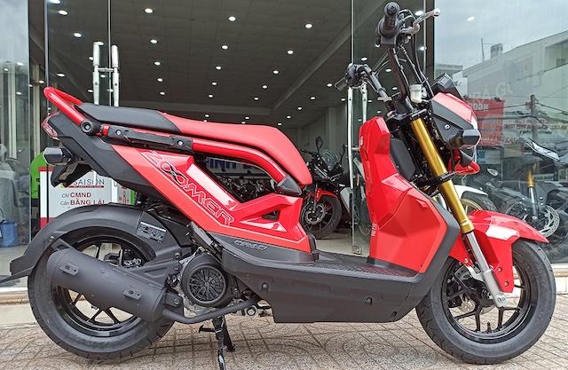 Honda Zoomer X 2021 về Việt Nam có giá gần 73 triệu đồng.