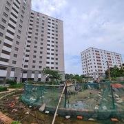 Hàng triệu người không có nhà ở, nhiều dự án tái định cư vẫn bỏ hoang