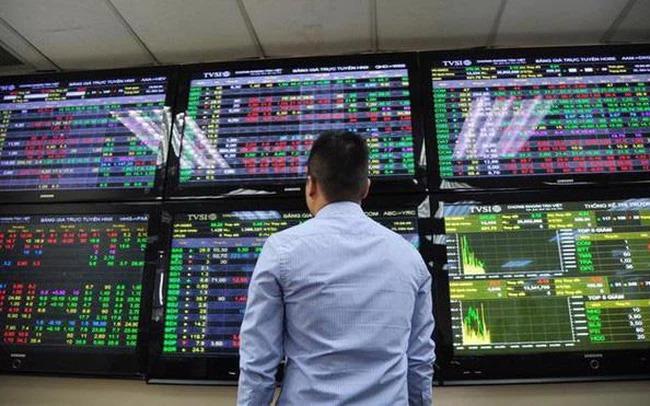 Áp lực bán dâng cao, VN-Index giảm điểm trở lại