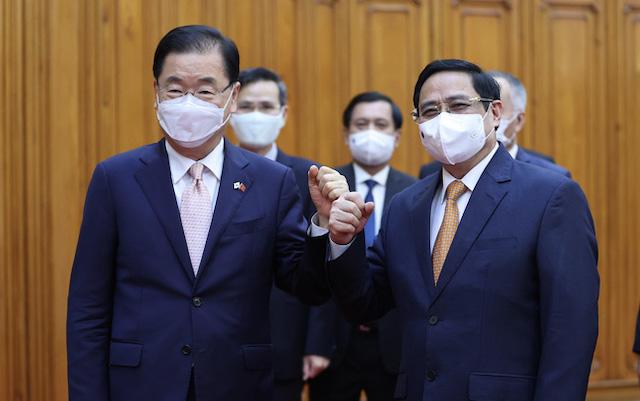 Thủ tướng Phạm Minh Chính tiếp Bộ trưởng Ngoại giao Hàn Quốc