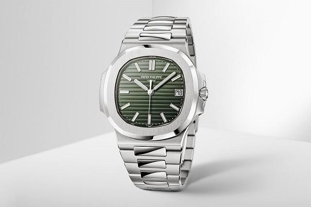 Rao bán đồng hồ Patek Philippe Nautilus 5711 với giá gấp 10 lần giá niêm yết