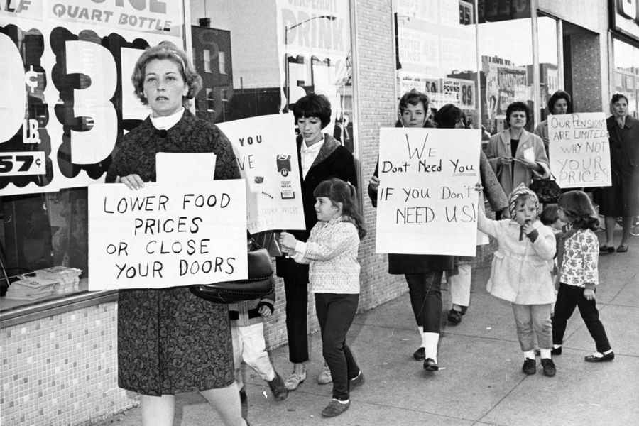 Khi người Mỹ biểu tình vì lạm phát