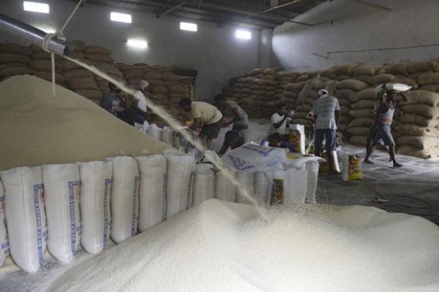 Nhập khẩu gạo Ấn Độ tăng đột biến, Bộ Công Thương vào cuộc kiểm tra