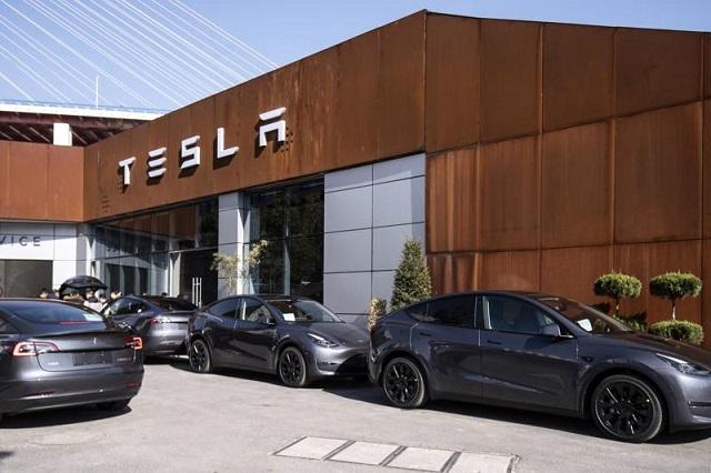 Tesla 'gặp hạn' ở Trung Quốc: Gần như toàn bộ xe bị triệu hồi vì vấn đề an toàn